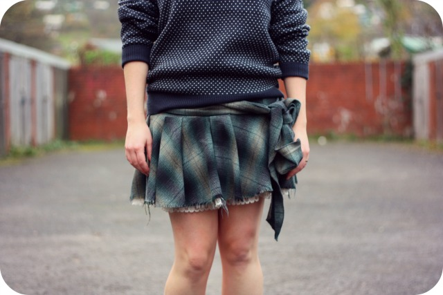 George mens jumper and HM skirt