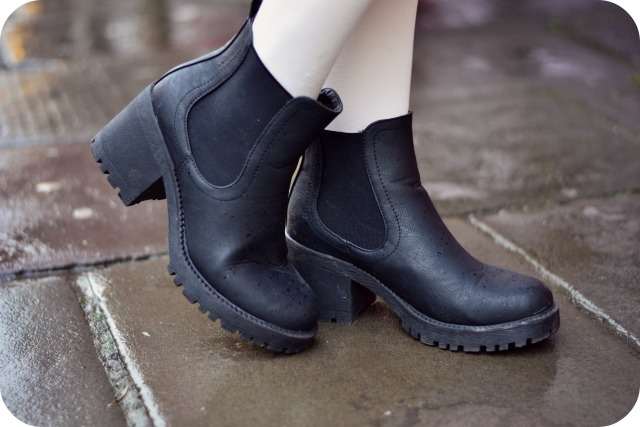 Chunky black New Look ankle boots