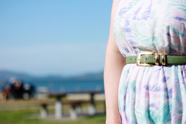 Shiny belt buckle