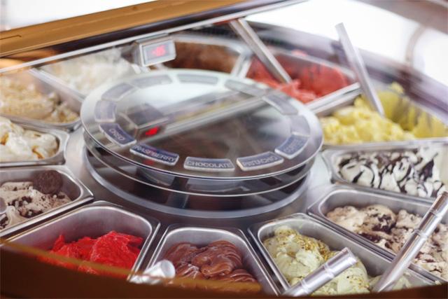 Wheel of gelato at Milani Gelateria