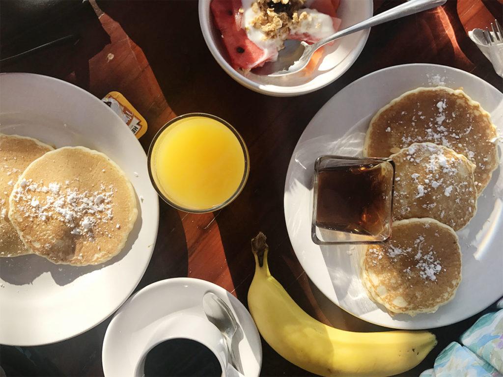 Breakfast at Poc Na Tulum